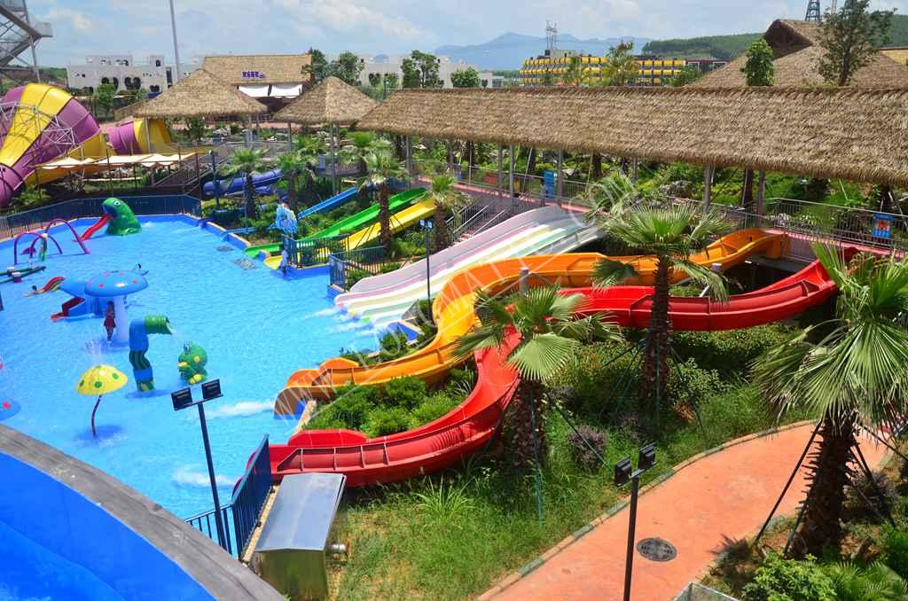 water park kids slide