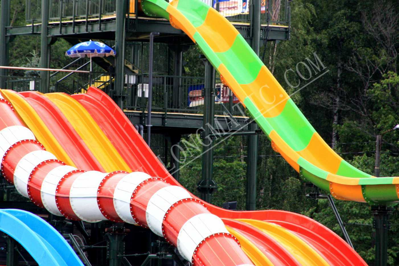 High speed water slide equipment